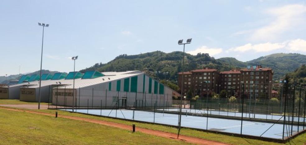 Vázquez urge una «apuesta real» por el campus de Mieres con el grado de Deporte