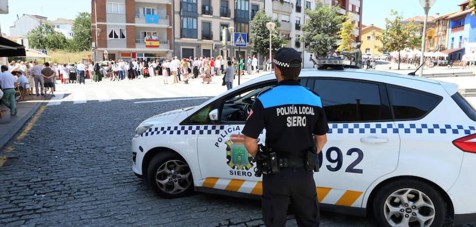 La Policía de la Pola suspende la traca de la procesión del Carmen tras una denuncia