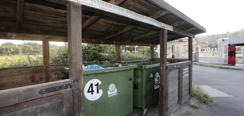La zona rural llanisca critica la falta de contenedores de reciclaje
