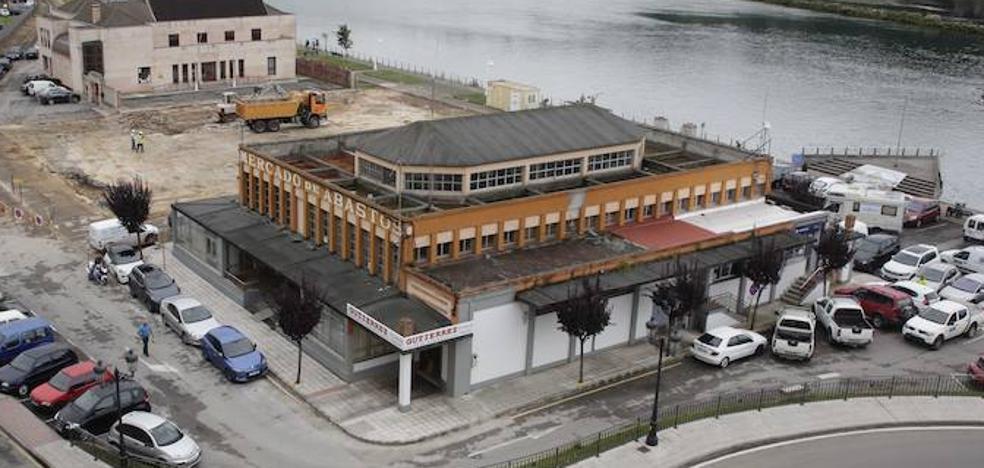 La zona rural de Ribadesella aboga por conservar la plaza de abastos