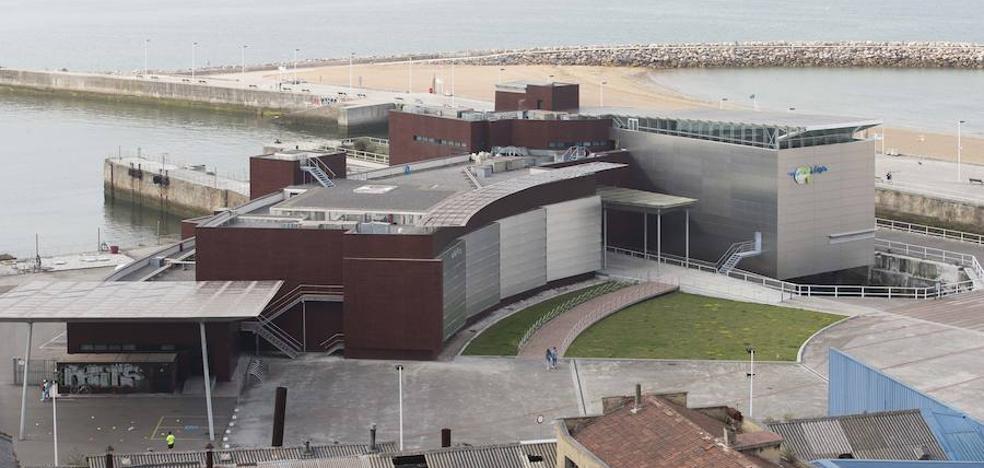 Libertad con cargos para el acusado de una agresión sexual a una menor en Gijón
