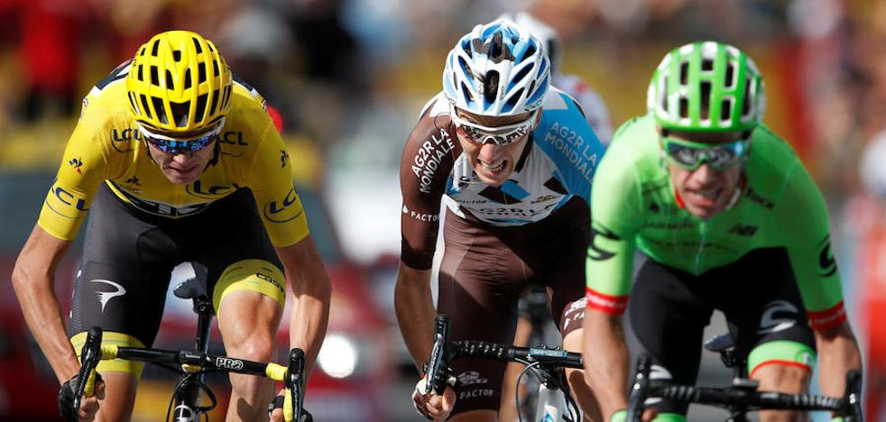 Roglic gana una etapa que saca a Aru del podio