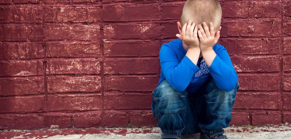 Un niño lleva a juicio a su madre por darle un bofetón y el juez ve «justificado» el castigo