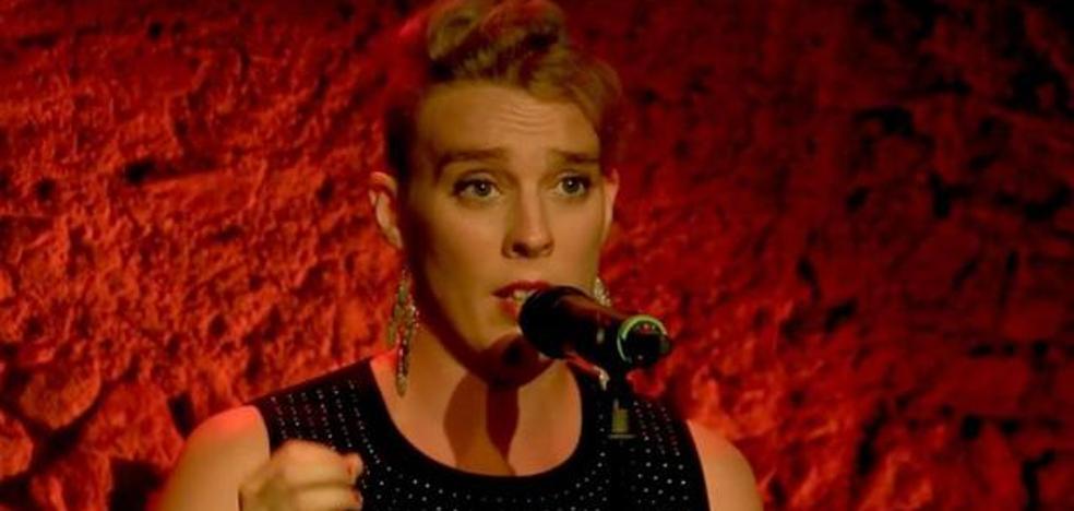 Investigan la muerte de una cantante sobre un escenario en Francia