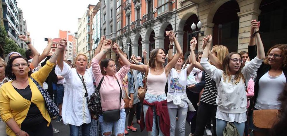 German, el joven agredido en Gijón, es operado de urgencia