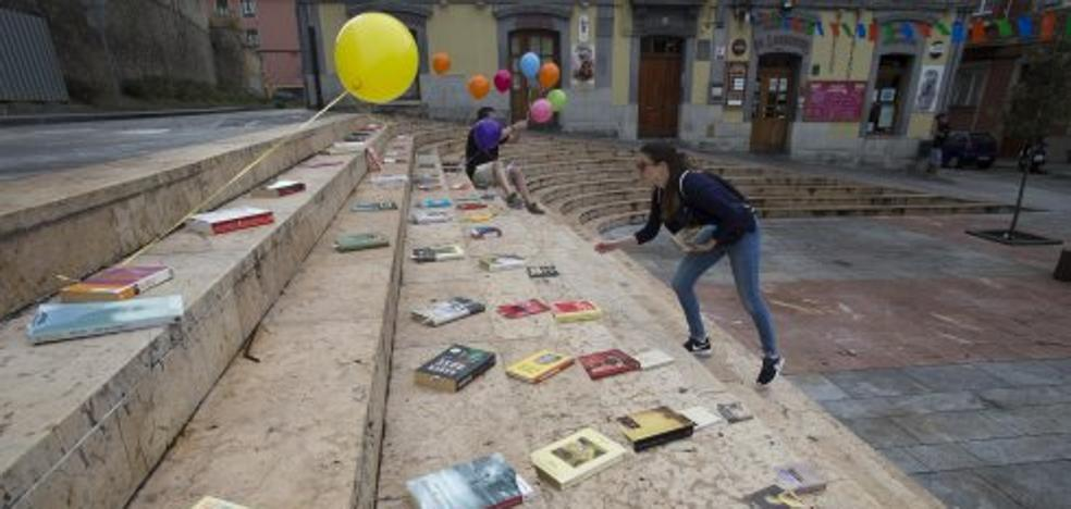 Los libros inundan Cimavilla