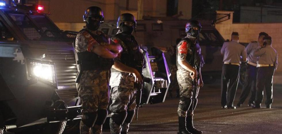 Mueren dos jordanos en un tiroteo en la Embajada israelí en Amán