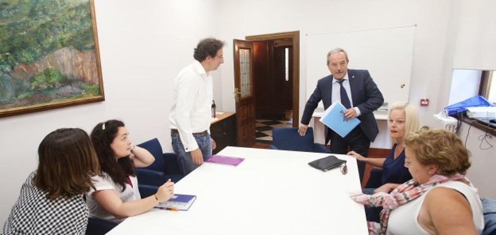 El alcalde de Oviedo respalda derivar a los alumnos de La Corredoria a otros institutos