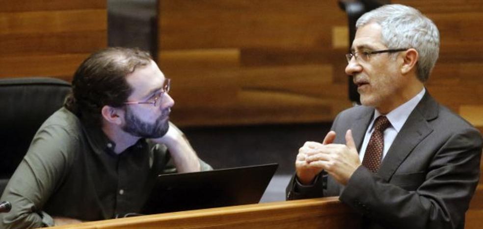 Podemos e IU inician las conversaciones para forzar un giro a la izquierda del PSOE