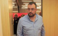 «Ver a Rajoy declarar nos da la razón a quienes dijimos no», apunta Barbón