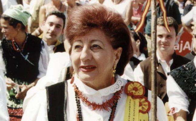 Homenaje póstumo en Luarca a 'Carminina', la organizadora del Festival Vaqueiro