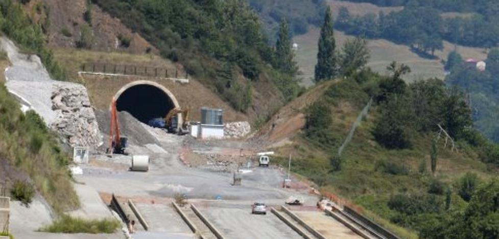 Foro Asturias, indignado al ver que 17 millones de la variante no llegarán hasta el año 2021