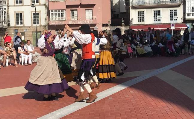 Emotivo homenaje a 'Carminina', madre del Festival Vaqueiro