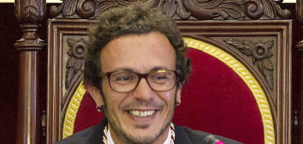 El alcalde de Cádiz dona casi la mitad de su sueldo a una asociación de integración de autistas