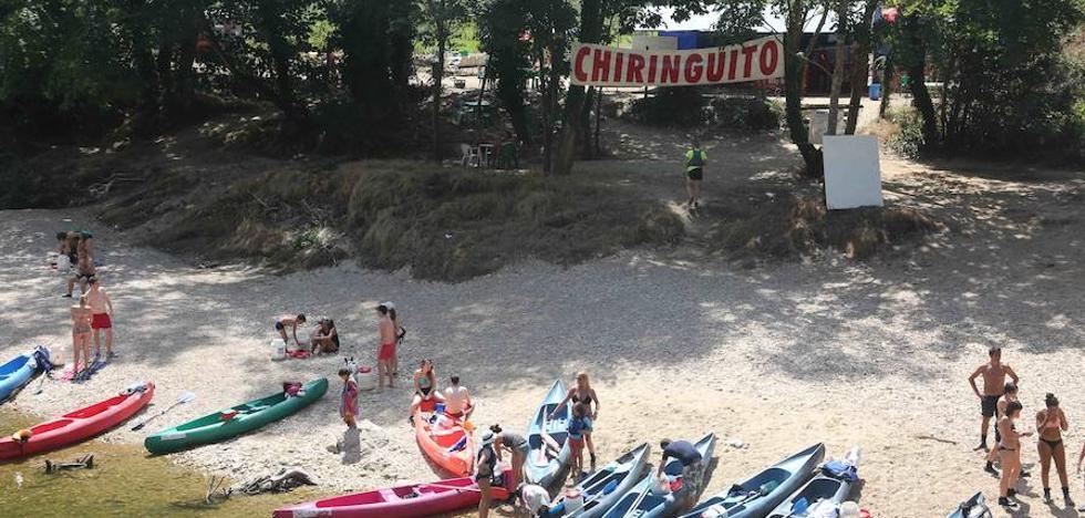 Los empresarios turísticos piden al Principado más control sobre las «macrofiestas» y los «chiringuitos» de río