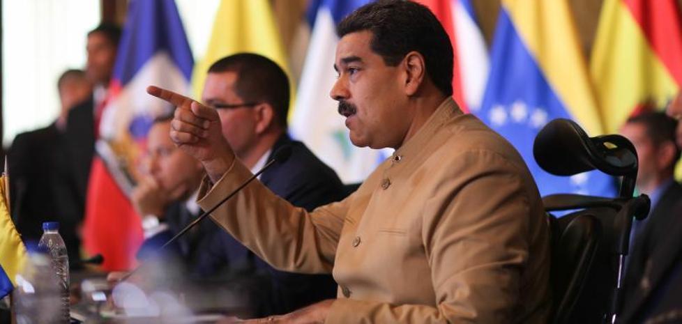 Maduro propone dialogar con los países que le acusan de quebrar el orden democrático