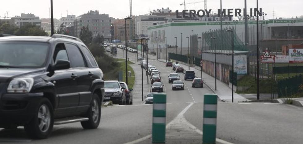 Nuevo Roces propone limitar a un carril su avenida central