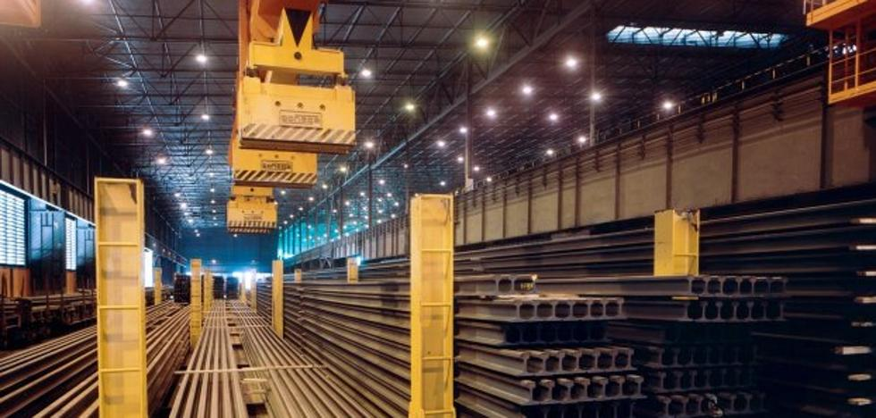 Arcelor afronta un mes de obras en el tren de carril para concluir casi dos años de reformas