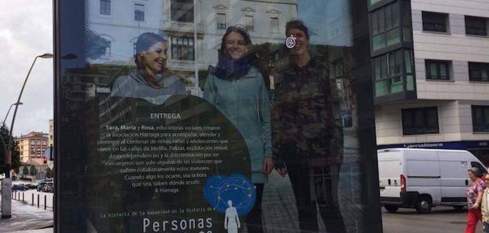 Melilla insta a Gijón a retirar un cartel que sugiere violencia contra menores en sus calles