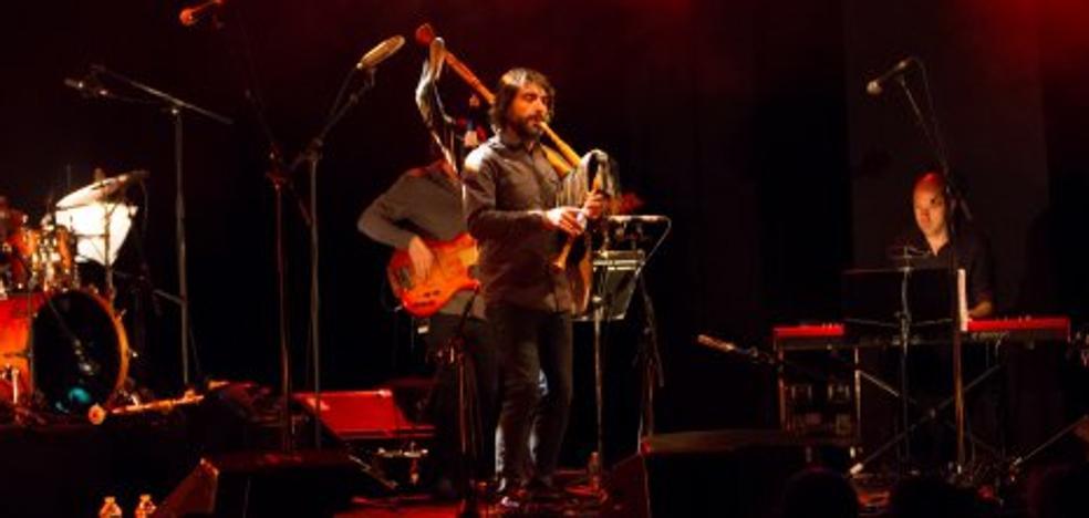 Tejedor emocionó en el tributo a Gordon Duncan