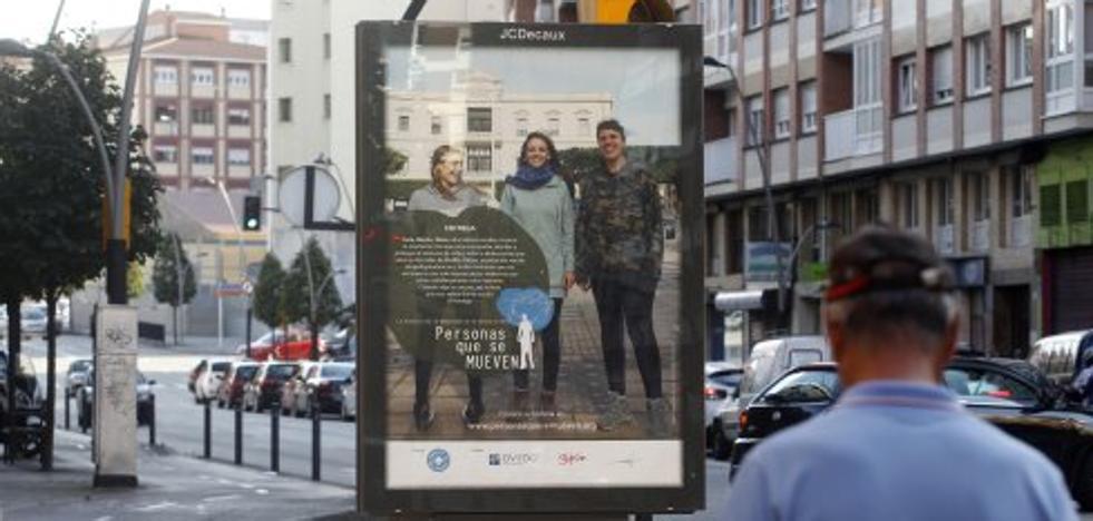Melilla pide a Gijón retirar un cartel que denuncia violencia contra niños de la calle