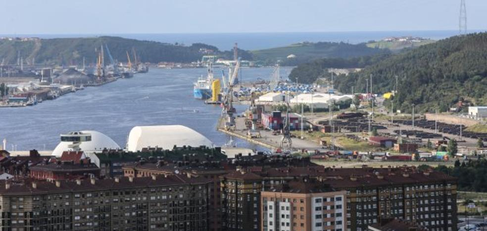 El Puerto cierra el primer semestre del año con un aumento de tráficos del 3,5%