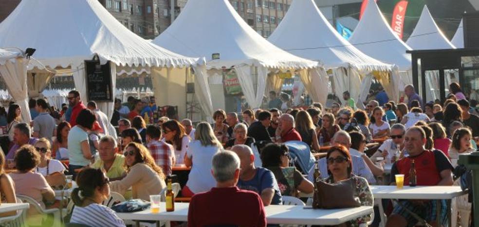 El Festival de la Cerveza mantiene su espectacular afluencia en La Exposición