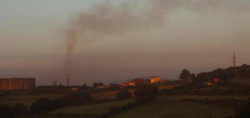 Arcelor investiga el fallo que produjo una nube negra en Gijón