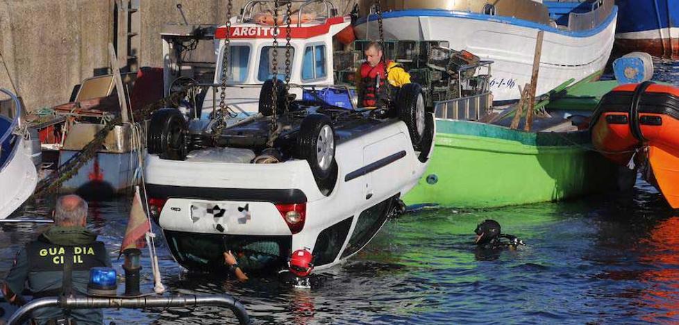 Fallece un pescador al caer su coche al agua en El Musel