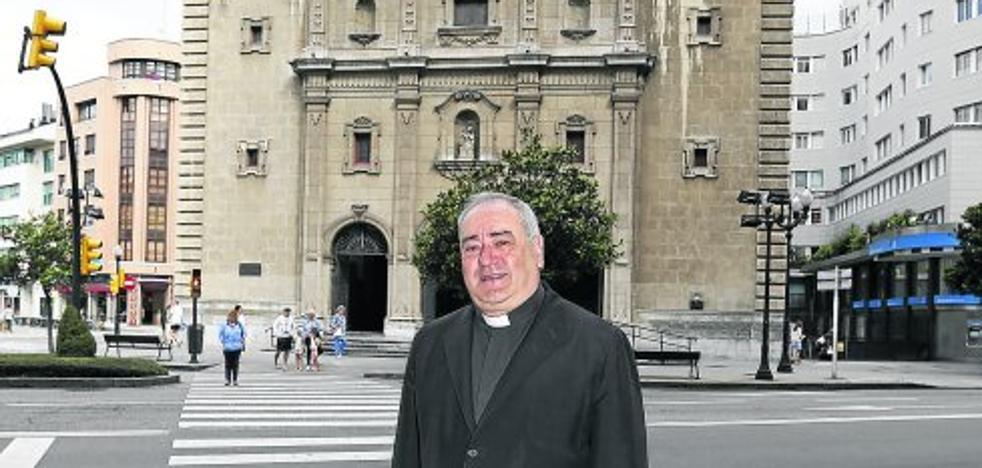 «A la comunidad católica le agrada ser reconocida por las autoridades civiles»