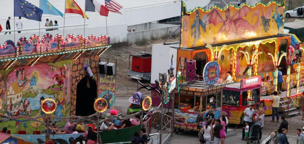 Festejos abre la puerta a la instalación de atracciones infantiles el fin de semana de San Agustín