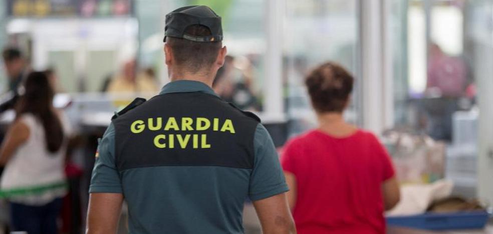 Primer día de huelga indefinida en El Prat, primer día sin apenas colas