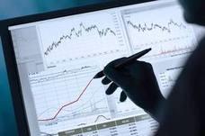 La prima de riesgo española baja a 103 puntos básicos por la caída del bono