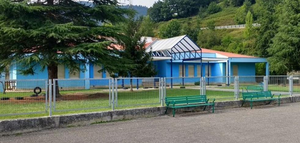 Piloña intenta acelerar la apertura de su escuela 0 a 3 tras el cierre de la guardería