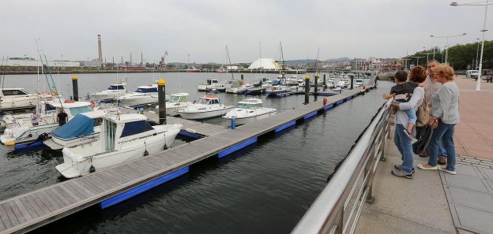 El turismo náutico extranjero se reivindica en el puerto deportivo con 81 barcos en julio
