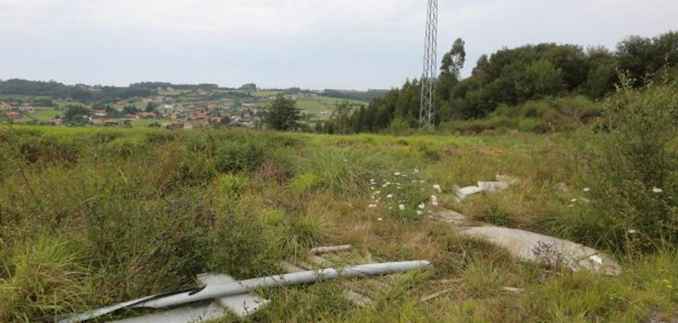 Los ayuntamientos estudian otras cuatro parcelas para la perrera en Castrillón y Avilés