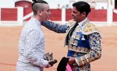 Fran Rivera se despide de Gijón