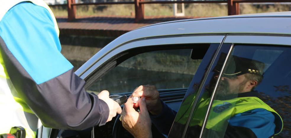 Dos detenidos en la campaña especial de tráfico de la DGT en Avilés