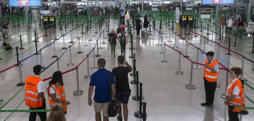 El Gobierno pone en marcha el arbitraje obligatorio para el conflicto de El Prat