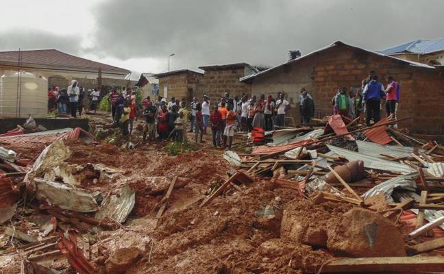 Al menos 105 niños entre los muertos por las inundaciones en Sierra Leona