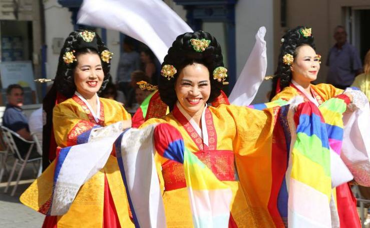 El Festival Folclórico de Avilés sale a la calle
