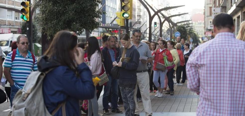 Entregados 715 libros de texto en el primer día del programa de intercambio