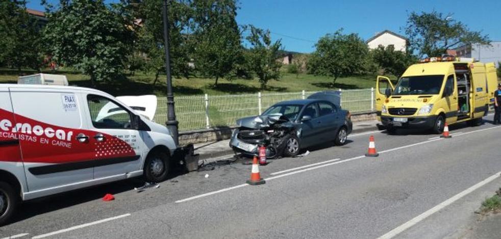 Dos personas resultan heridas en un accidente de tráfico en San Cucao