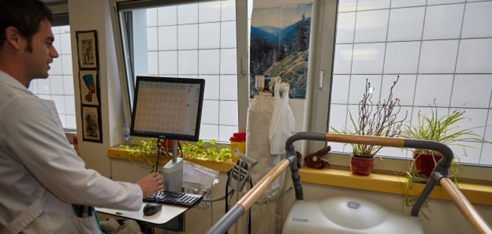 El San Agustín mejora las listas de espera de consultas pero encalla en las pruebas