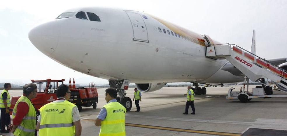 Iberia pone en marcha un ERE voluntario para 955 empleados