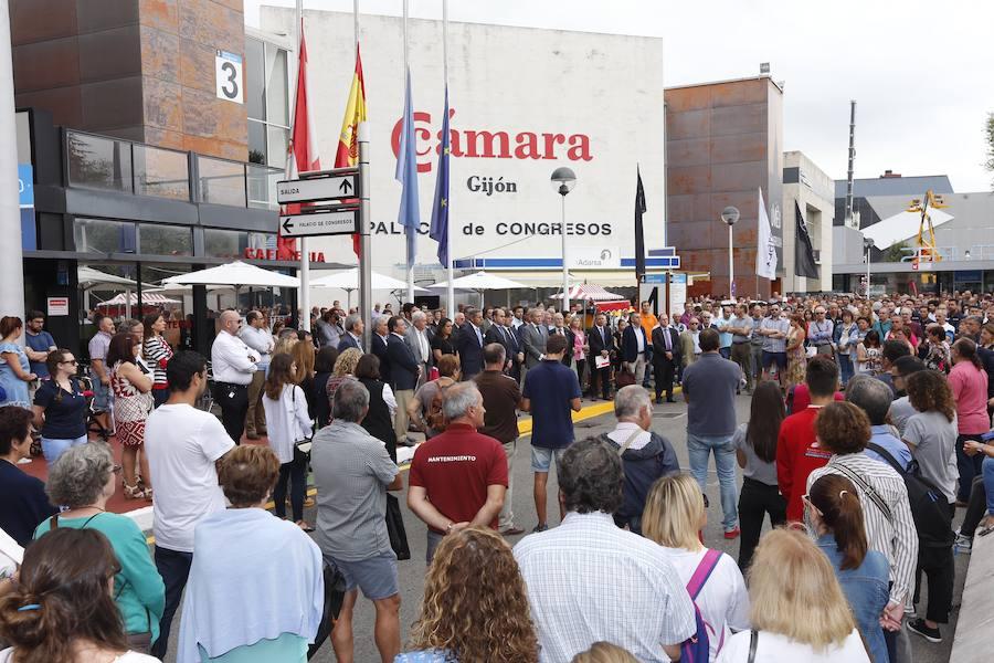 Minutos de silencio en Asturias por los atentados de Cataluña