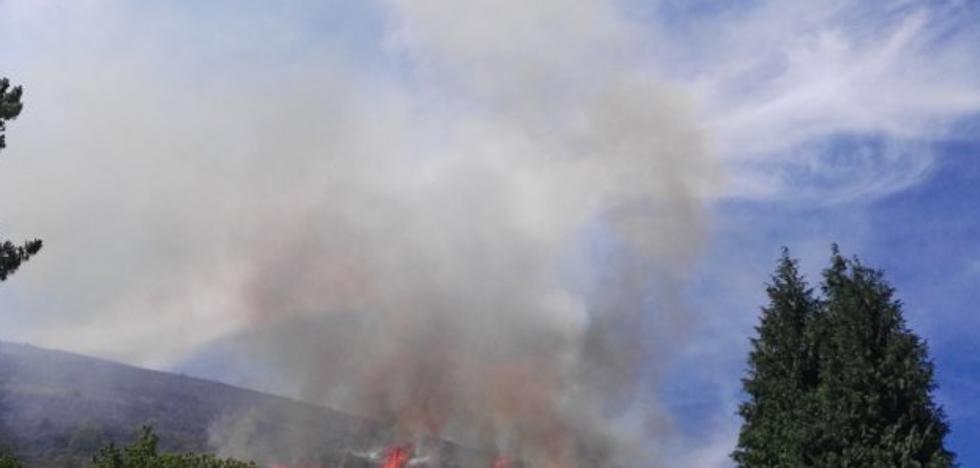 «El fuego se acercó al pueblo. Fue bestial»