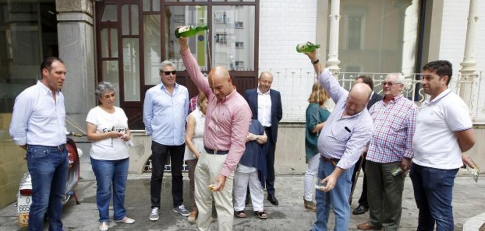 Descorchen botellas, llega la fiesta de la sidra