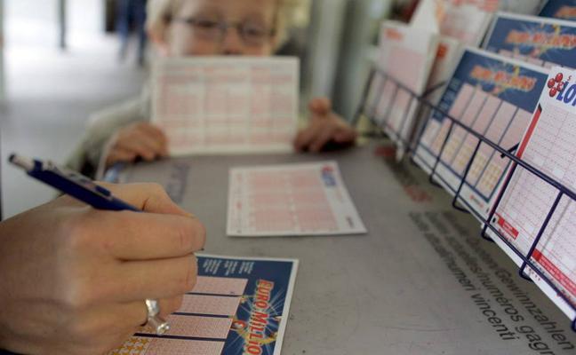 El Euromillones deja un millón de euros en Castrillón