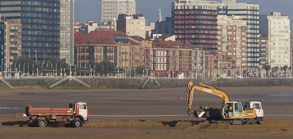 Buscarán arena para San Lorenzo en la bahía de Gijón y frente a Rodiles